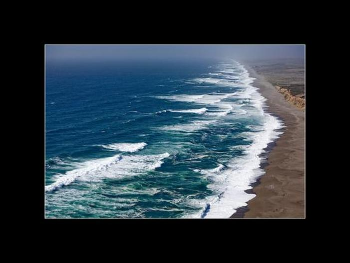 Los Reyes Beach California